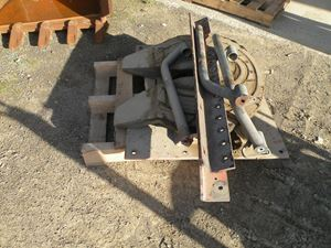 Picture of Used Truck Turntable / 5th Wheel HOLLAND